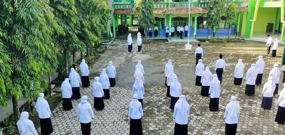 Peringatan Hari Amal Bakti Ke-75 Kementerian Agama RI